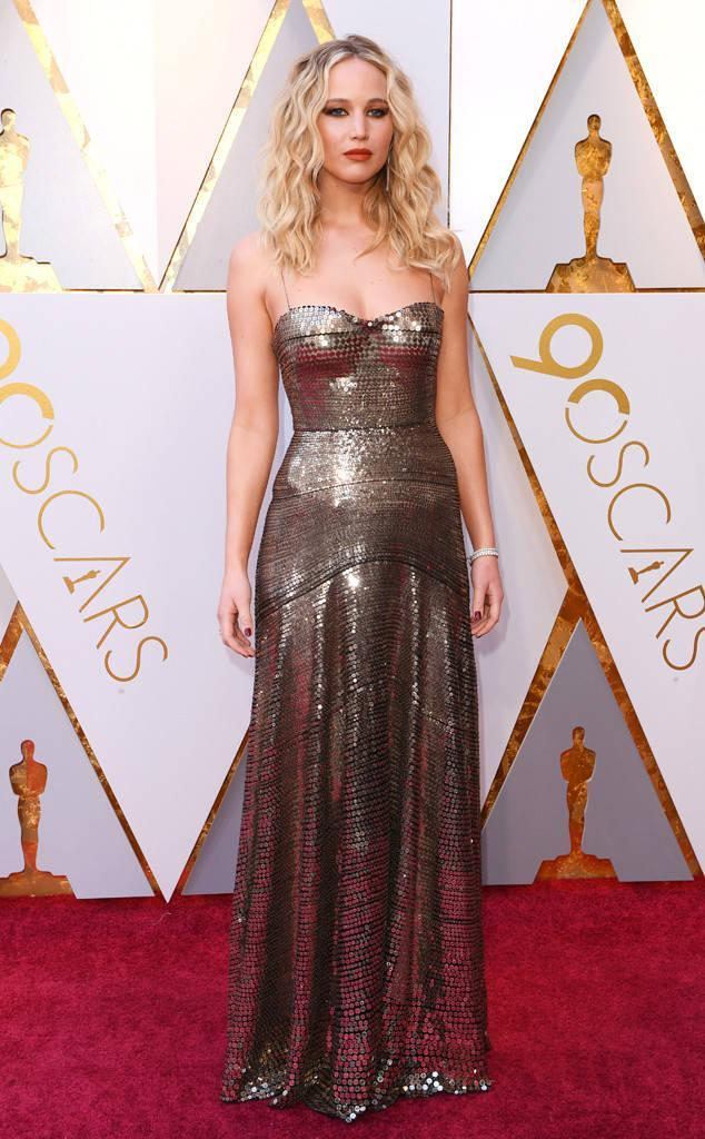 rs_634x1024-180304163121-634-2018-oscars-academy-awards-jennifer-lawrence